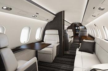 interior-premium-bombardier.jpg