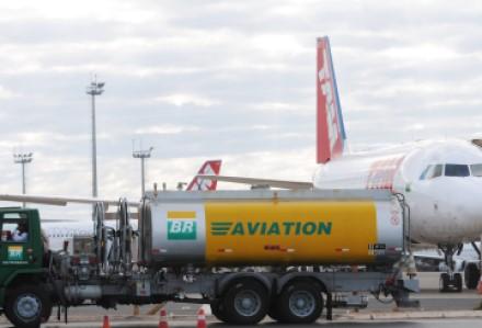 combustivel-de-aviacao-tony-winston-agencia-brasilia-3-2000x1360.jpg