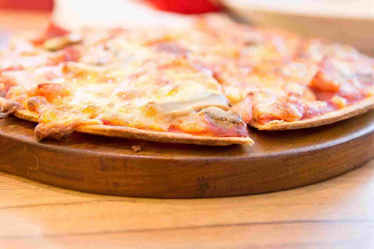 FOOD-pizza4-1280x853.jpg