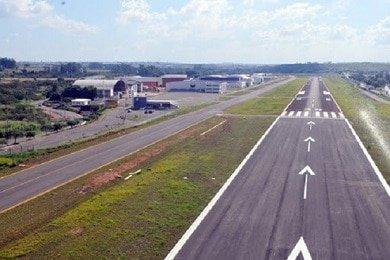 pista_aeroporto_sp_390.jpg
